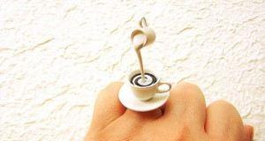 خاتم على شكل فنجان قهوة