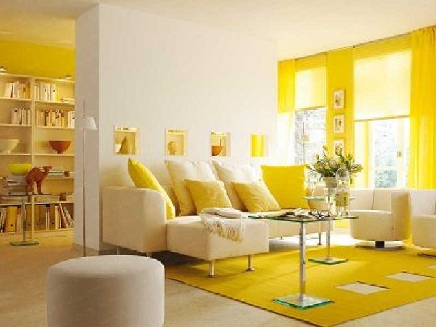 اثاث باللون الأصفرلغرف الجلوس