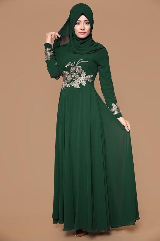 تنسيق الفستان الأخضر مع الطرحة للمحجبات لطلة متناسبة و مميزة