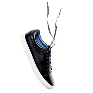 sort tga sneaker