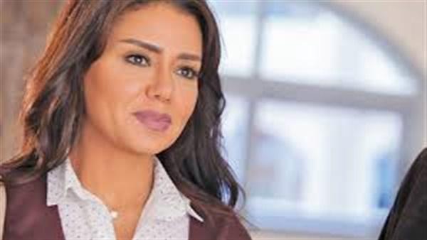 رانيا يوسف مهنئة ابنتها في عيد ميلادها: بحبك