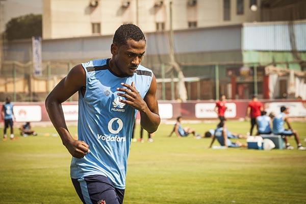 موقف جونيور اجايي من الانضمام الى منتخب نيجيريا في كأس الأمم ؟