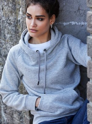 T5431_lifestyle_Heather Grey.jpg