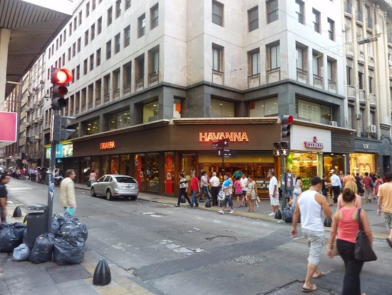 <a class=&quot;amazingslider-posttitle-link&quot; href=&quot;http://www.ahmagazin.com/kultura/half-of-my-heart-is-in-havana/&quot; target=&quot;_self&quot;>&quot;Half of my heart is in Havana&quot;</a>