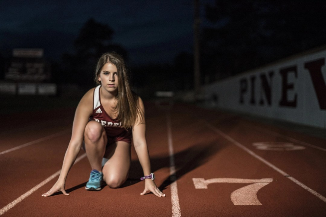athletic senior track photography