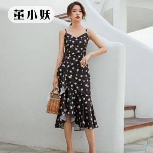 Dong Xiaoyao summer black floral small daisy dress French temperament slim slim chiffon dress