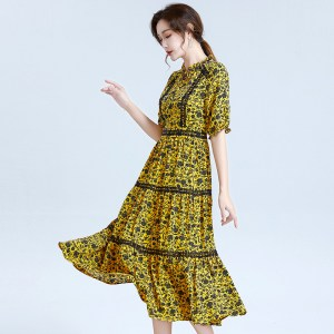 summer new women's floral floral lantern sleeve mid-length dress fungus lace collar five-point sleeve big swing skirt