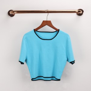 a generation of knitted short-sleeved women's sweaters with the same star women's summer new ultra-short shirts