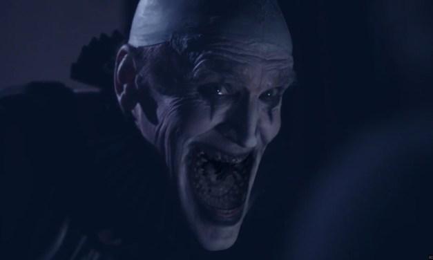 Crepitus   Divulgado novo trailer aterrorizante do filme sobre o palhaço canibal