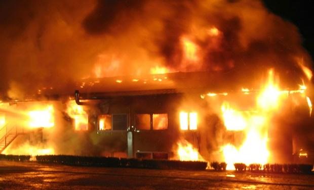 4 Incêndios que supostamente foram causados por fantasmas