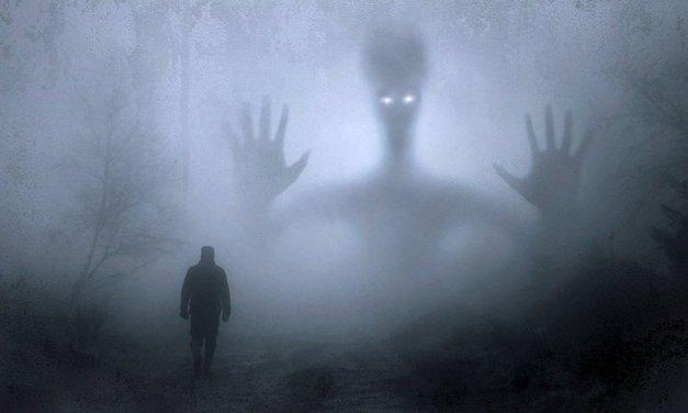 """Homem acusa """"invasores fantasmas"""" de deixarem drogas em sua casa"""