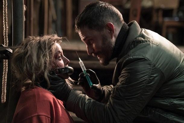 Mulher tenta escapar de sequestradores  no trailer do suspense alemão da Netflix 'Sequestrando Stella'