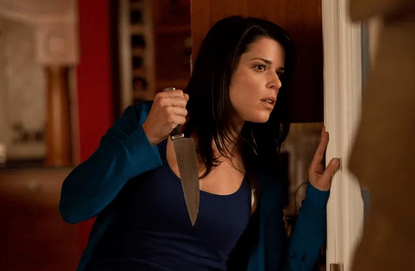 Neve Campbell está em negociação para participar do novo filme da franquia 'Pânico'