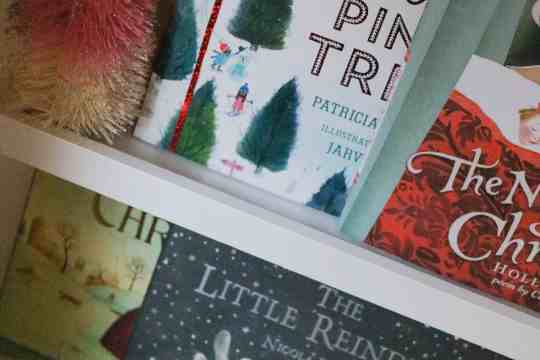 Favorite Christmas books for kids|Ahrens at Home