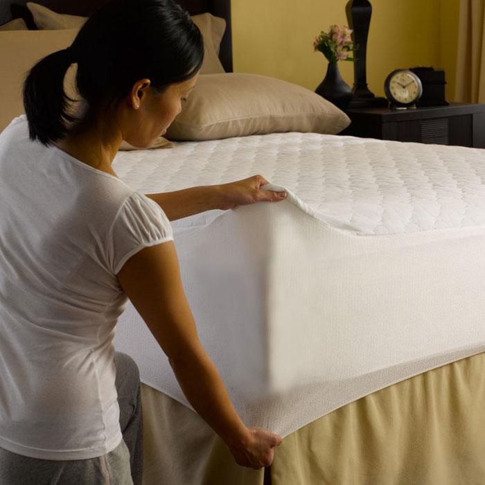 Pacific Coast Bed Defender Waterproof Mattress Pad W
