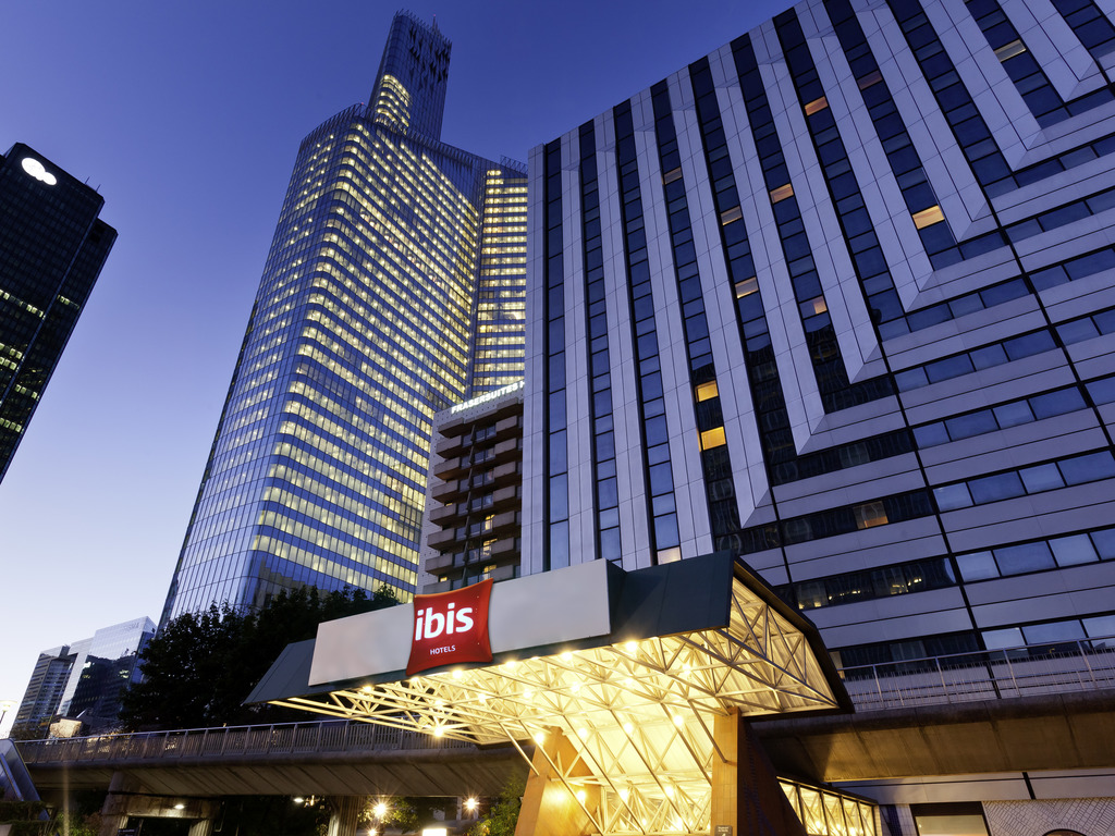 Hotel In Courbevoie Ibis Paris La Defense Centre Accor