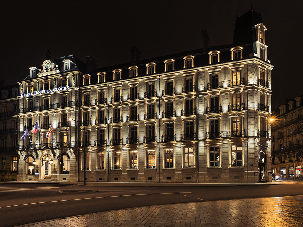 exceptional and recently renovated 5 star hotel in the heart of dijon