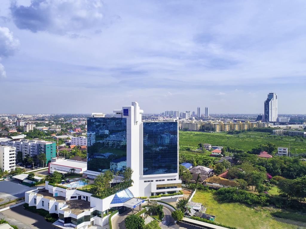 Novotel Bangkok Bangna Hotel Accorhotels Accor