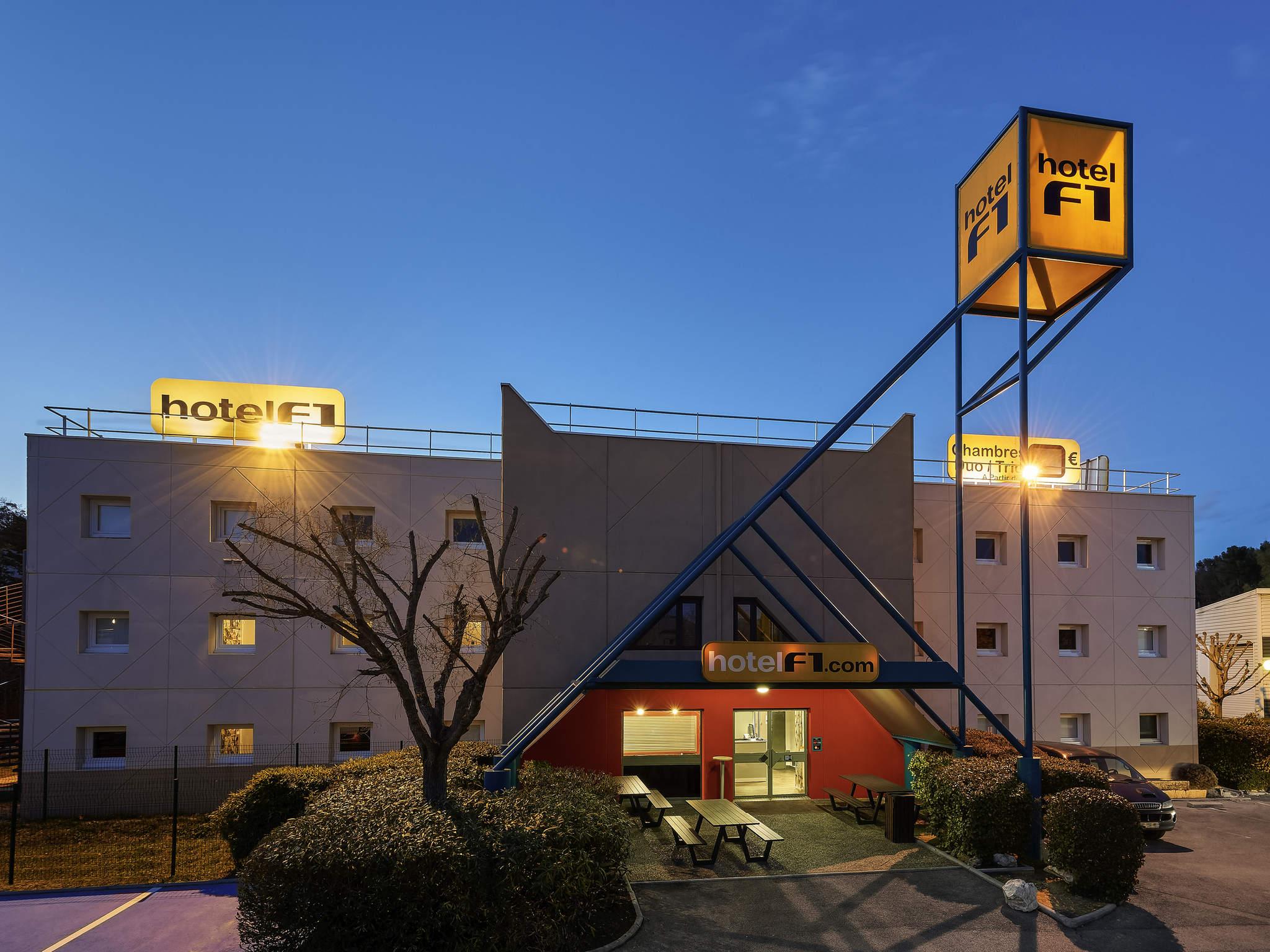 Hotel In MARSEILLE HotelF1 Marseille Valentine