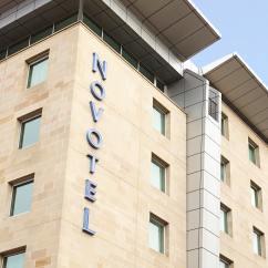 Sofa Shops Glasgow City Centre Sleeper Sofas New York Novotel Contemporary Hotel In
