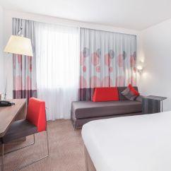 Corner Sofa Bed East London Custom Fabric Sofas Novotel Excel Contemporary Hotendon Rooms