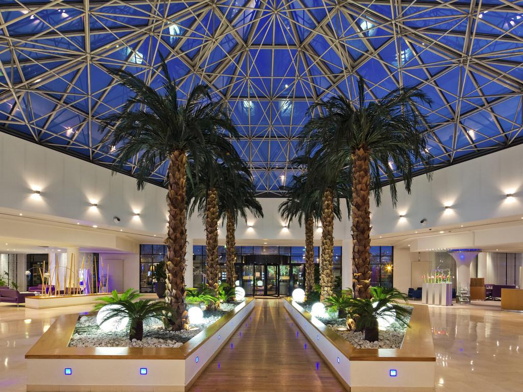 Hotel In Roissy En France Novotel Paris Roissy Cdg