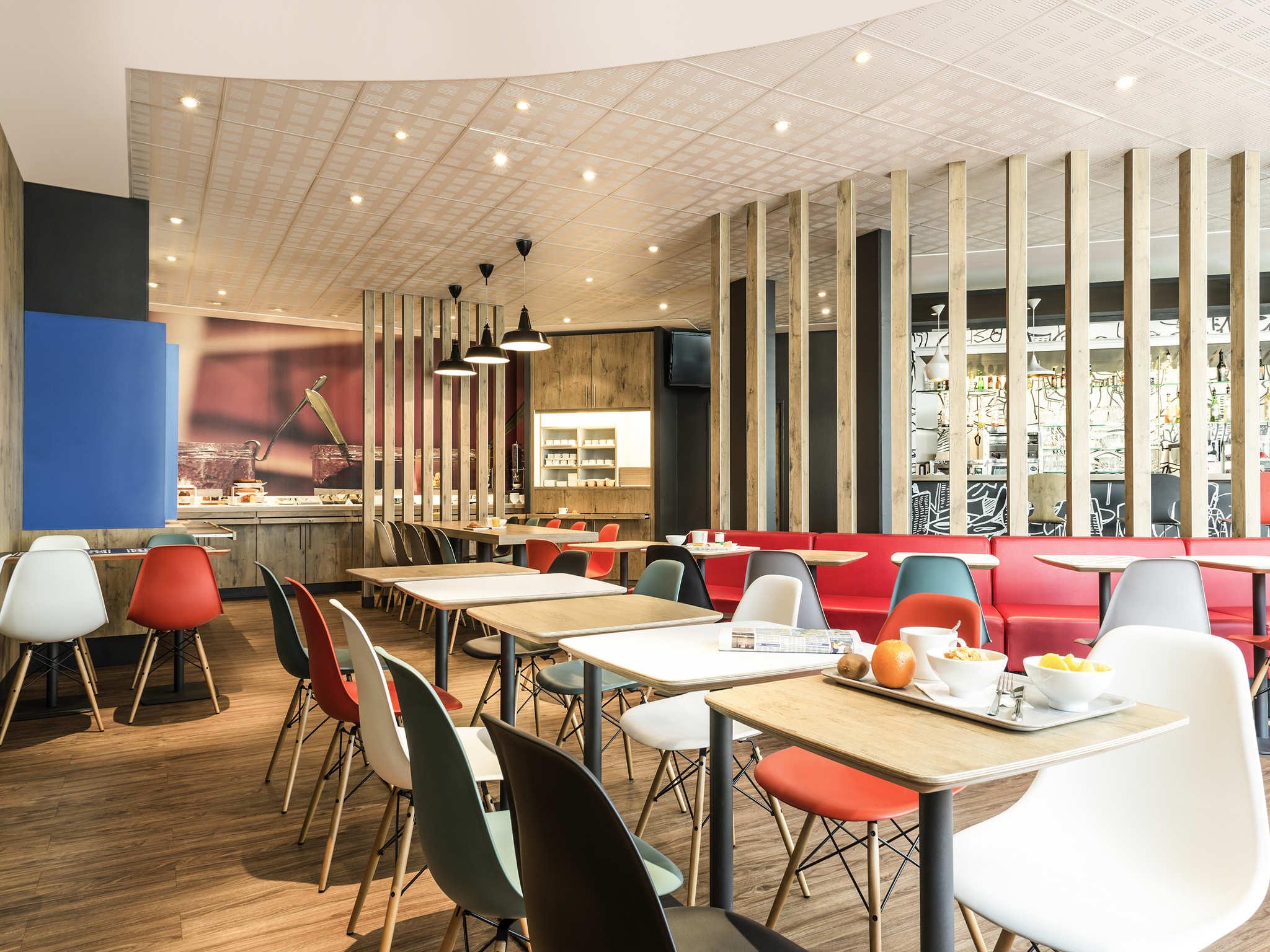 Resultado de imagen de Hotel ibis Bordeaux Centre Bastide