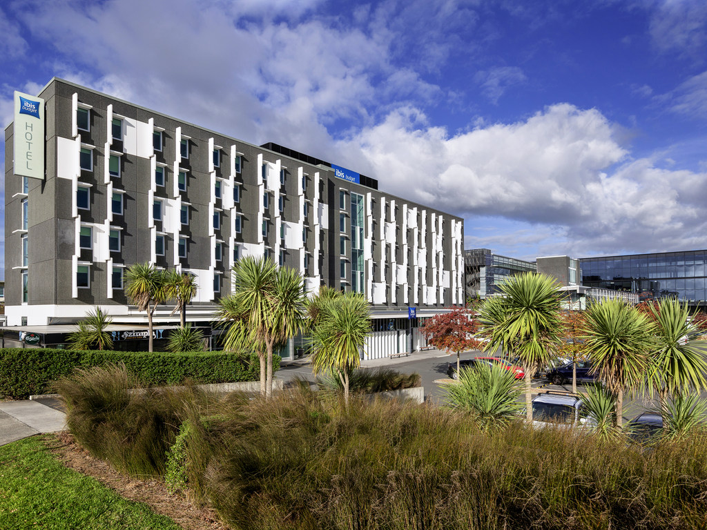 Ibis Budget Auckland Airport Hotel Near Airport