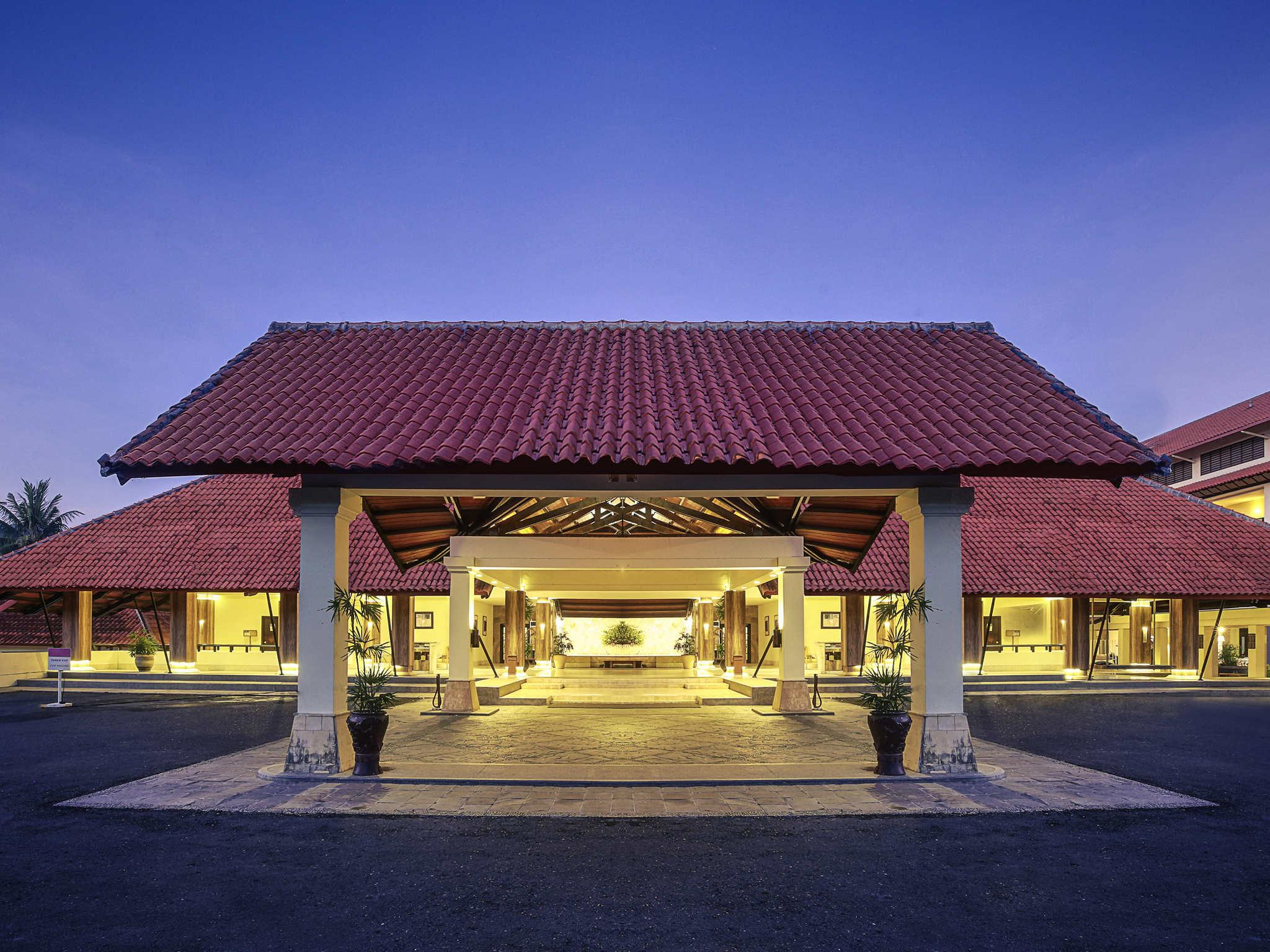 Hotel In Manado - Mercure Tateli Resort And Convention