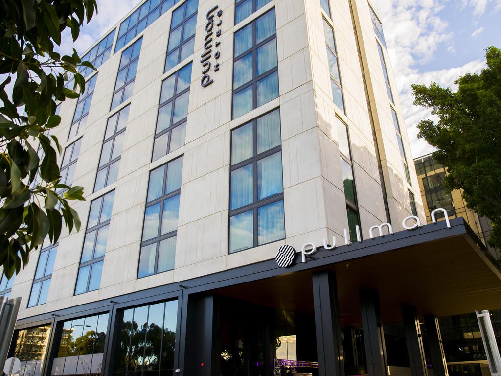 Hotel In Mascot Pullman Sydney Airport Accor
