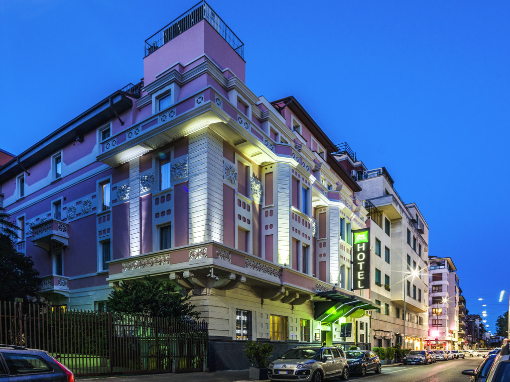 Hotel In Milan Ibis Styles Milano Centro Accor