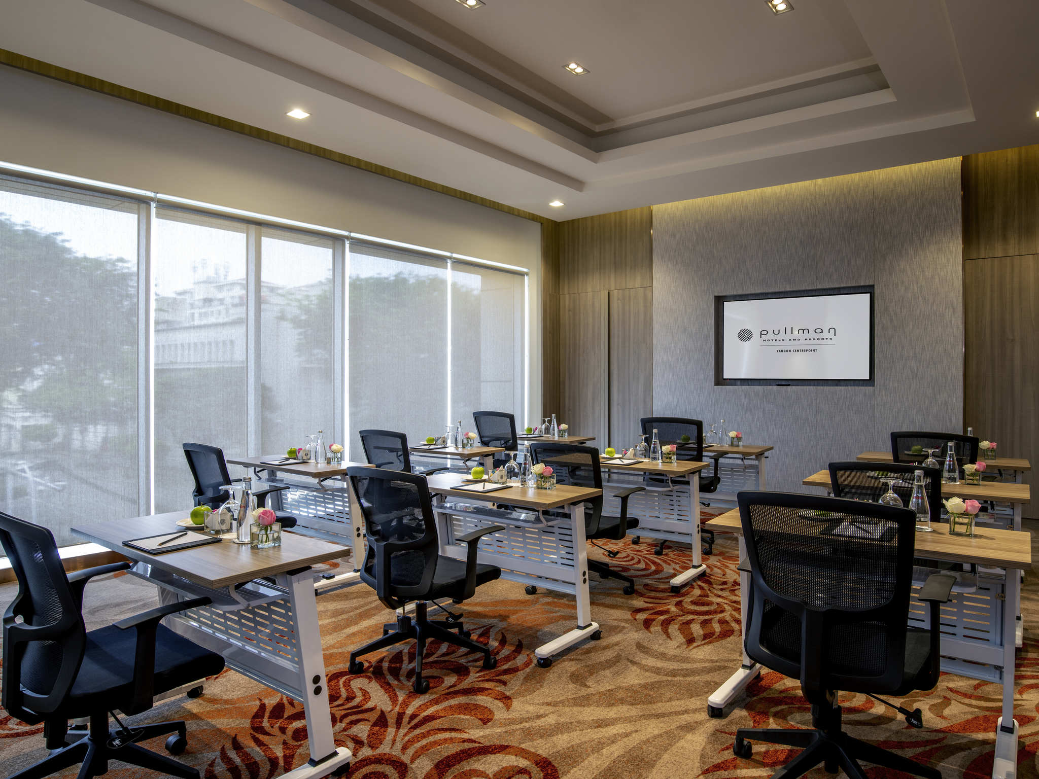 office chair yangon covers for folding chairs amazon hotel in pullman centrepoint meetings and events