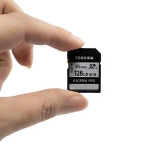 高速影音時代!找張高速讀取高速寫入記憶卡!『TOSHIBA EXCERIA PRO 128GB UHS-I U3 SDXC 勁速炫銀記憶卡』實測分享 @3C 達人廖阿輝科技新聞
