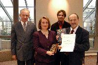 Laureatka podczas uroczystego wręczenia nagrody.