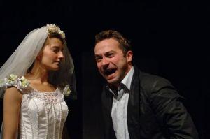 fot. Stefan Okołowicz. Na zdj. Kamila Baar (Ala) i Marcin Hycnar (Artur)