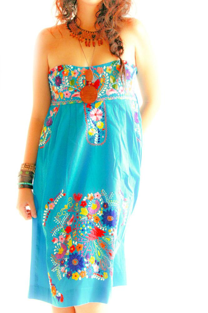 Handmade Mexican embroidered dresses and vintage treasures from Aida Coronado Mexican strapless