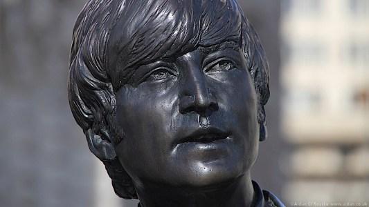 The Beatles Statues - John