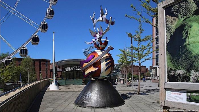LIverpool John Lennon Peace Monument