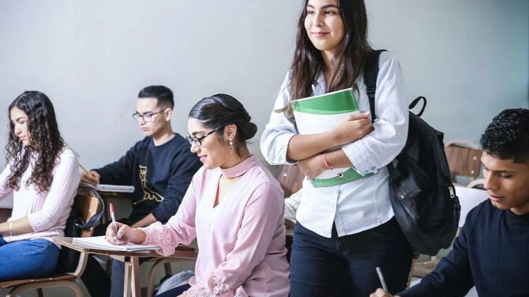 Quelle assurance doit avoir un étudiant pour une année scolaire?