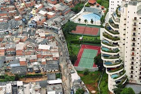 paraisópolis favela, morumbi, sao paulo