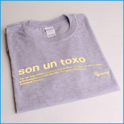 camiseta son un toxo crema