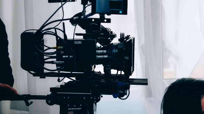 Netflix France Italie VOD Streaming TV Europe divertissement émission