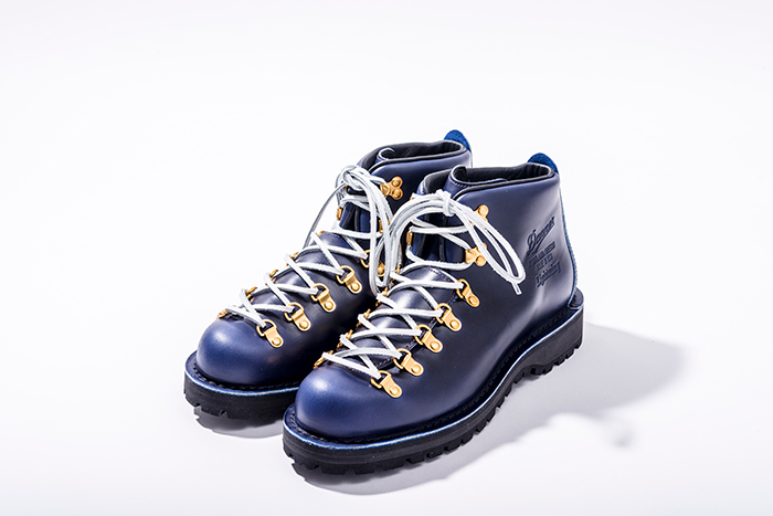 Danner Mountain Lightning
