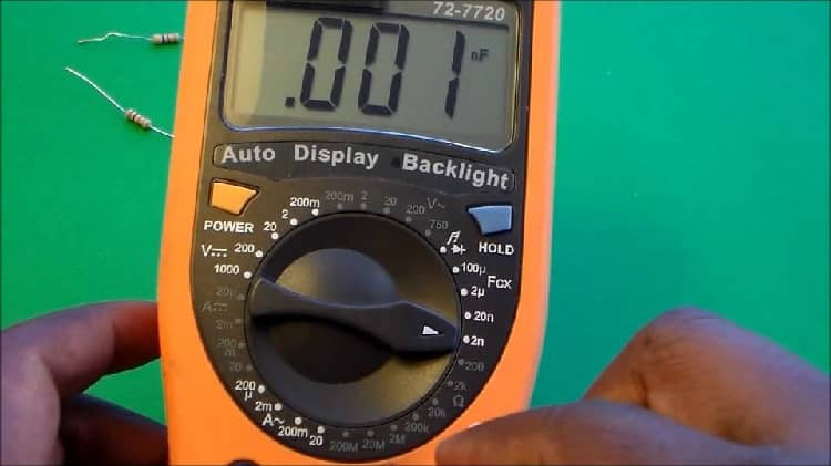 How Does a Capacitance Meter Work