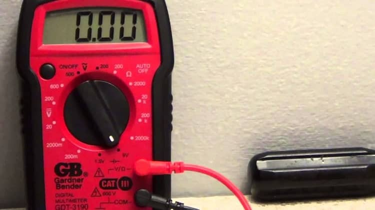 How to Use Voltage Tester