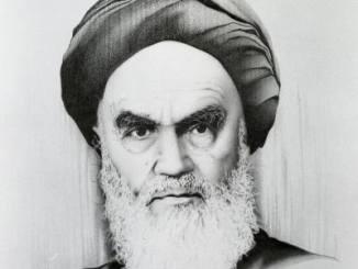ایران کے اسلامی انقلاب کے بانی بطور شاعر : استعمال شدہ تشبیہات پر ایک نظر