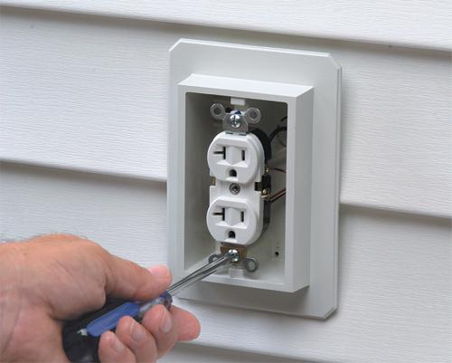 Size Standard Electrical Outlet