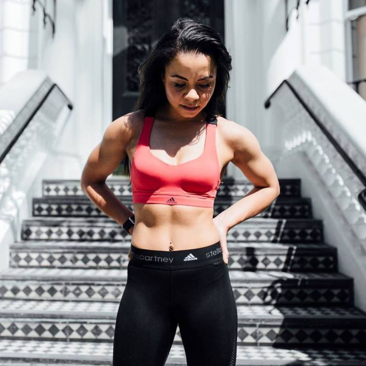 Aimee Long ab workout