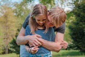 aim-thuisreportage-justlife-momentdesign-aimfoto-aimfotografie-portretfotograaf-reportage-portret-fotograaf-laren-deventer-lochem-adaritzer-aimfoto-gezin-photoshop-herinnering-liefde-gewooneendag-thuis-reportage