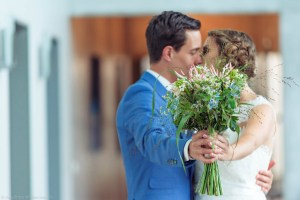 liefdeis-bruiloft-samenzijn-liefde-bruidsfotografie-fotografie-reportage-portret-fotograaf-laren-deventer-lochem-adaritzer-aimfoto